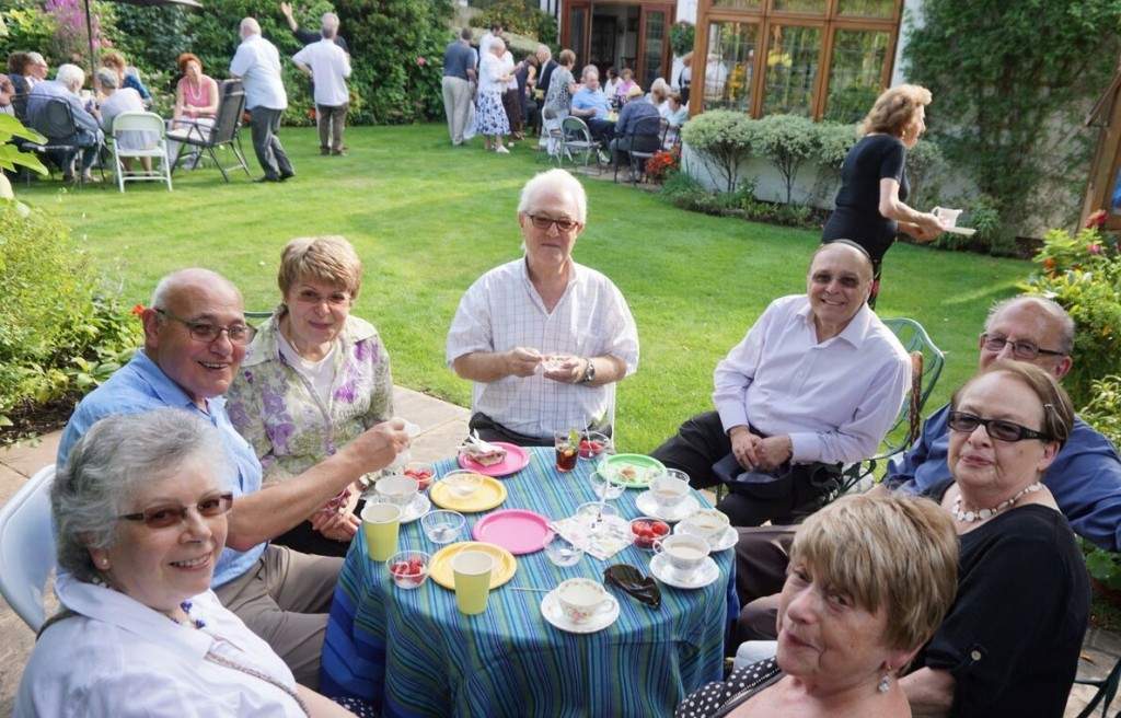 Hampstead Synagogue  Summer Tea  Party